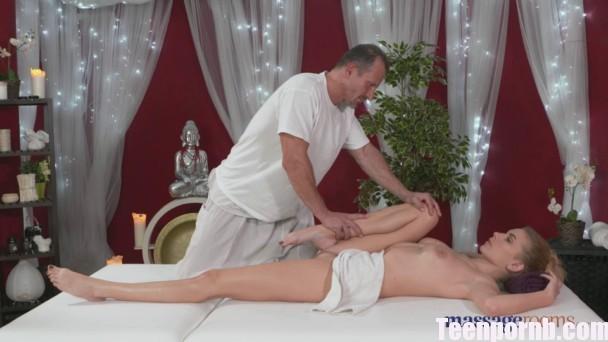 MassageRooms Karina Grand George on Karina