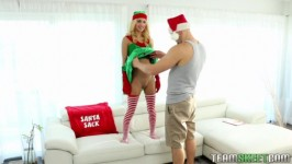ExxxtraSmall Uma Jolie – Extra Small Elf on The Shelf