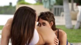 GirlsWay Riley Reid, Kendra Lust Mommy Posing Full HD
