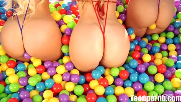 HardX Anikka Albrite, Kelsi Monroe, AJ Applegate Booty Trifecta beeg spankbang 3gp mobil porn