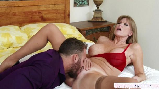 DirtyWivesClub Darla Crane SD Mature Porn