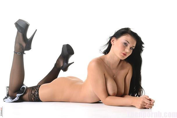 Lucy Li Glamorous