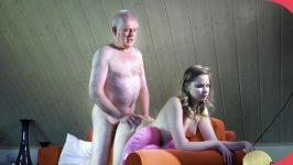 Old man Teen Girl Experienced Young Escort HD