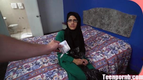 Desperate Arab Woman Fucks For Money ArabsExposed 3gp mobil porn stream tube free download spankbang beeg (2)