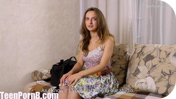 defloration-margaret-robbie-virginity-confirmation-3gp-mobil-sex-virgin-girl-porn-videos-xvideos-xhamster-spankbang-beeg-5