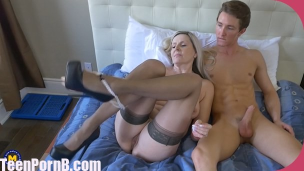Maturenl Velvet Skye Canadian Housewife Doing Her Toyboy -7065