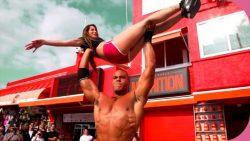 Clea Rendez-vous chaud a Muscle Beach avec Clea French Porn