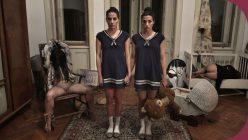HorrorPorn Schizoid twins