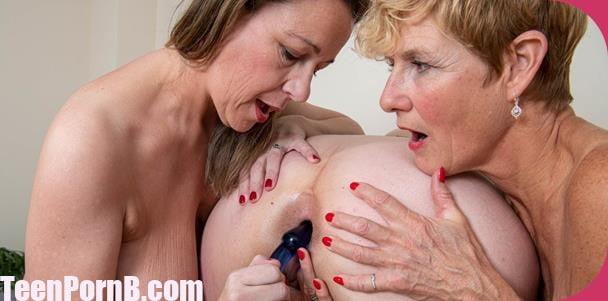 Molly maracas porn pics Candy Cummings Eva Jayne Molly Maracas Welcome To The Mature Lesbian Art Class Teen Pornb